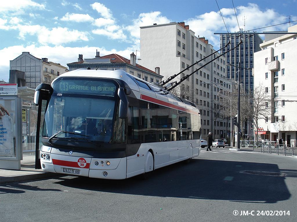http://histobus.tecelyon.info/Photos%20et%20CP/C13_1821g%C2%A9.jpg