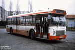 Le SC10 TLS n° 2004 (ex 2104) au terminus de Sathonay Manutention en janvier 1980<br><i> Au second plan l