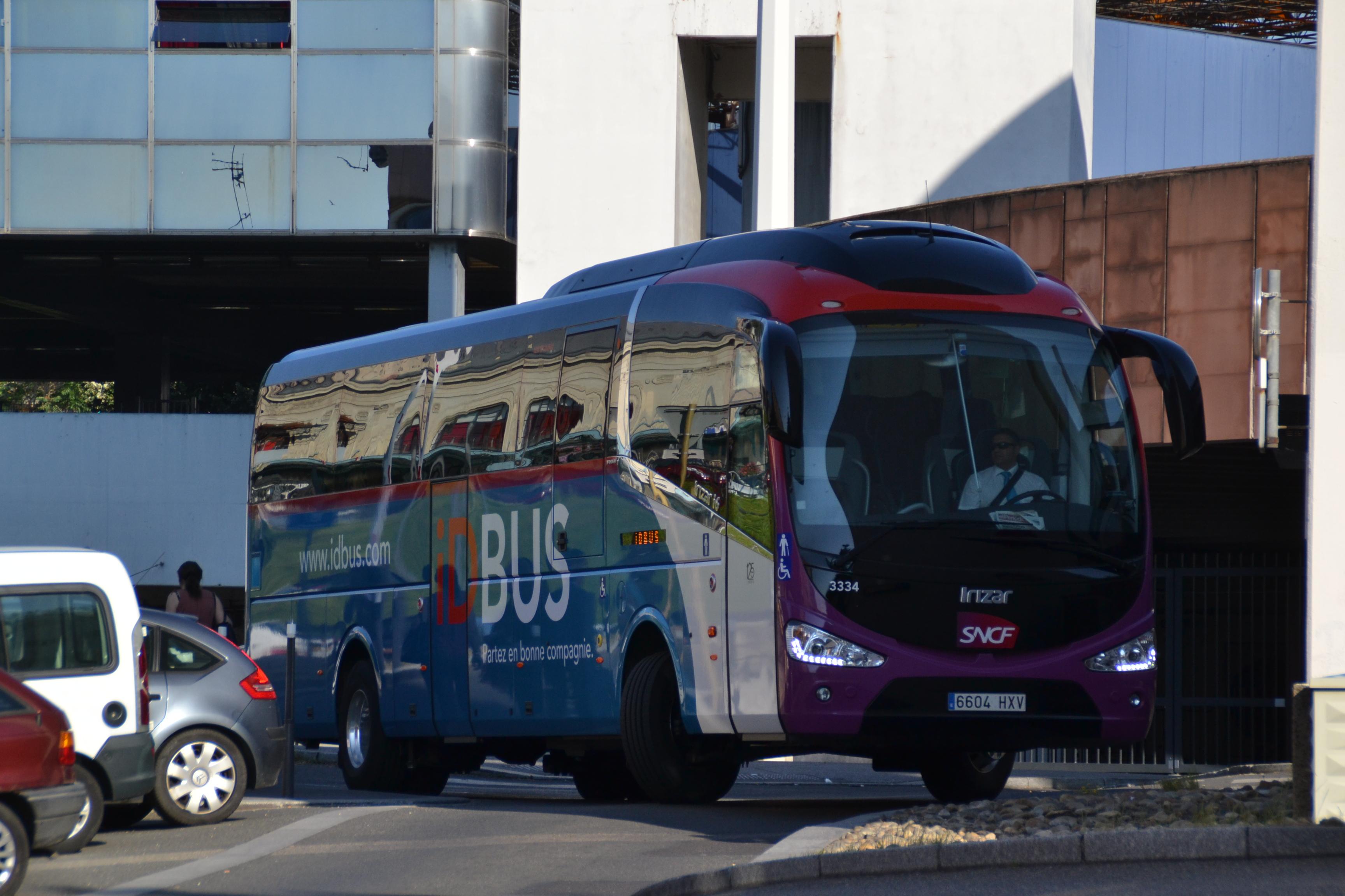 Idbus tend son offre la passion des autobus et autocars for Ouibus interieur